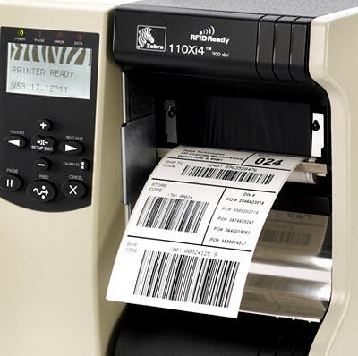 Spouštějte tisk etiket automaticky