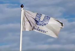 Unilever slibuje zredukovat plasty